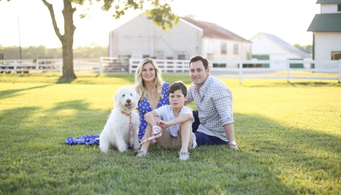 10 Tips for How to Style a Family Photoshoot